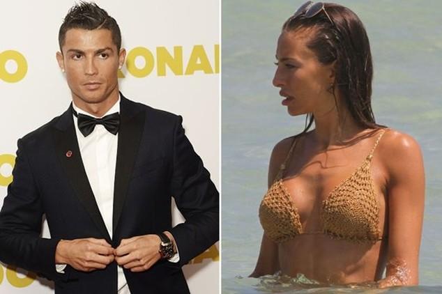 Giới truyền thông đồn thổi Ronaldo đang cặp kè với Alessia Tedesshi