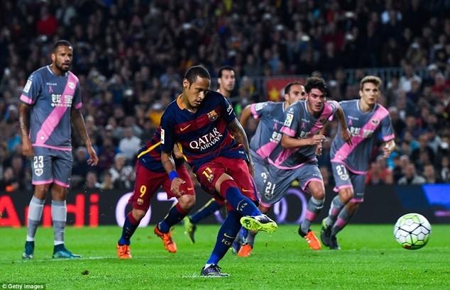 Neymar có thể bị buộc phải rời Barcelona