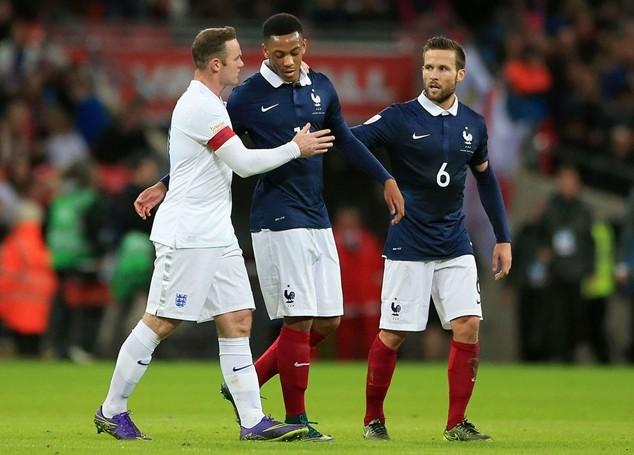 Martial bị đau vào giữa hiệp 2 trận giao hữu giữa Anh và Pháp