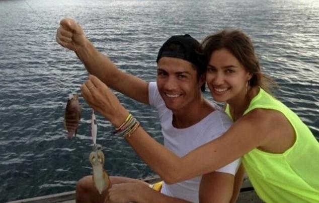 Ronaldo nói lời… cay đắng về mối tình với siêu mẫu người Nga, Irina Shayk ảnh 5