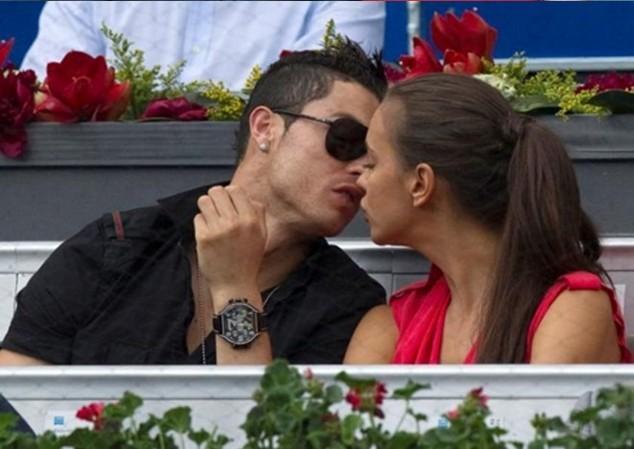 Ronaldo nói lời… cay đắng về mối tình với siêu mẫu người Nga, Irina Shayk ảnh 4