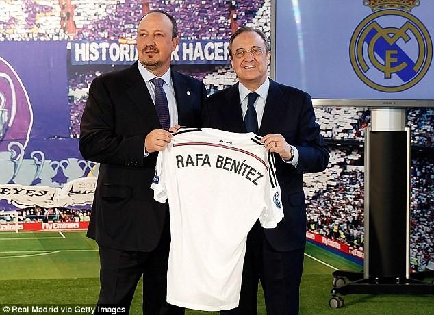 Chủ tịch Perez gần đây phải đứng ra bảo vệ Rafael Benitez trước áp lực bị sa thải