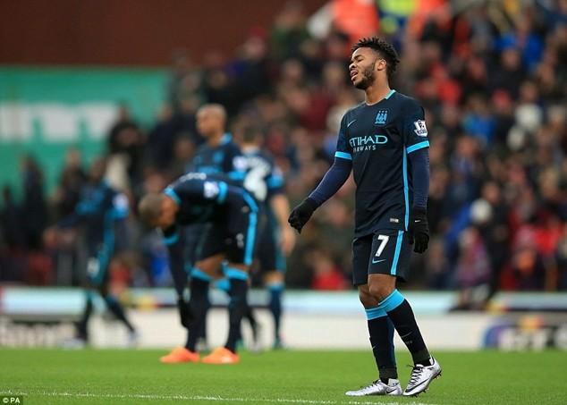 Man City thua 2 trong 3 trận gần đây và bị đẩy xuống vị trí thứ 3 trên bảng xếp hạng