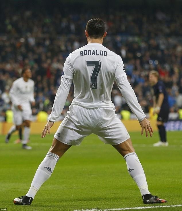 Ronaldo thiết lập kỷ lục mới tại Champions League ảnh 5