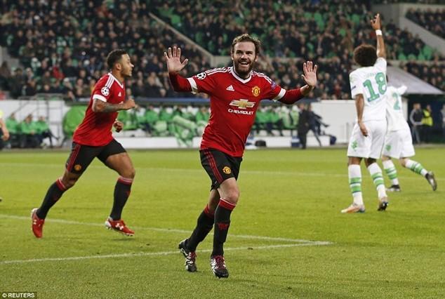 Mata ăn mừng vì nghĩ rằng đó là bàn thắng hợp lệ