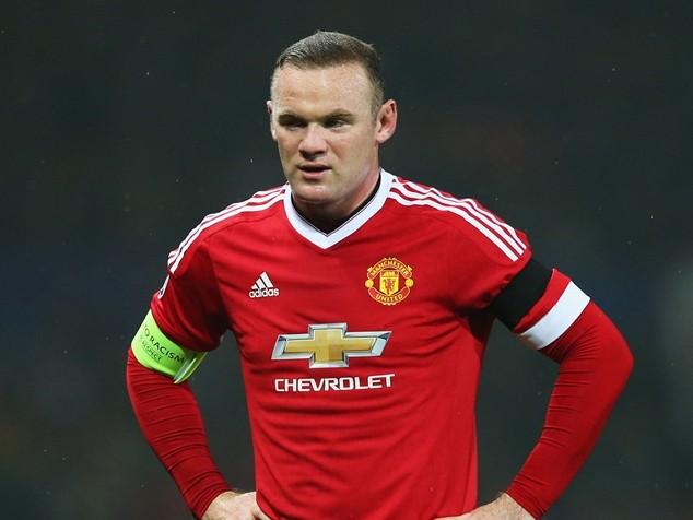 Rooney đối mặt với nguy cơ bị đày lên ghế dự bị tại Old Trafford