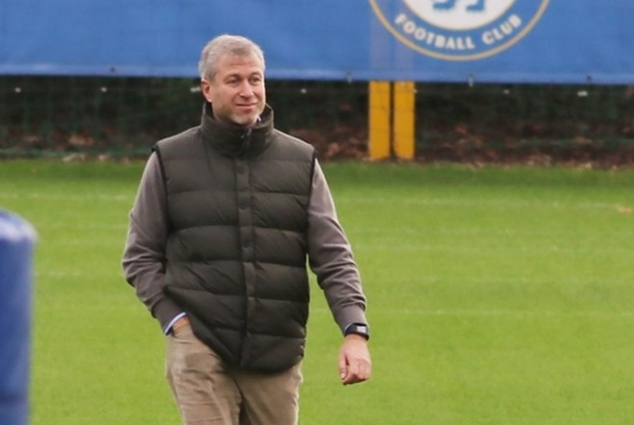Lo ngại các ngôi sao hoảng sợ, chủ sở hữu Chelsea đến tận nơi vỗ về