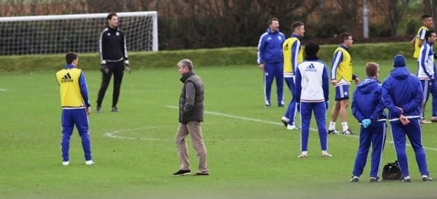 Lo ngại các ngôi sao hoảng sợ, chủ sở hữu Chelsea đến tận nơi vỗ về ảnh 8