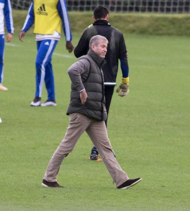 Lo ngại các ngôi sao hoảng sợ, chủ sở hữu Chelsea đến tận nơi vỗ về ảnh 3