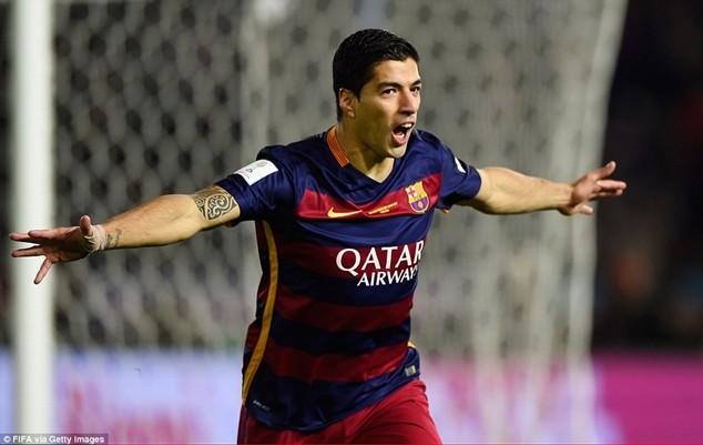 Suarez lập cú đúp bàn thắng ở trận chung kết