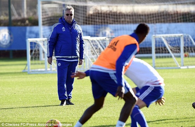 Đây là lần thứ hai Hiddink trở lại đảm nhận vai trò HLV tạm quyền tại Stamford Bridge