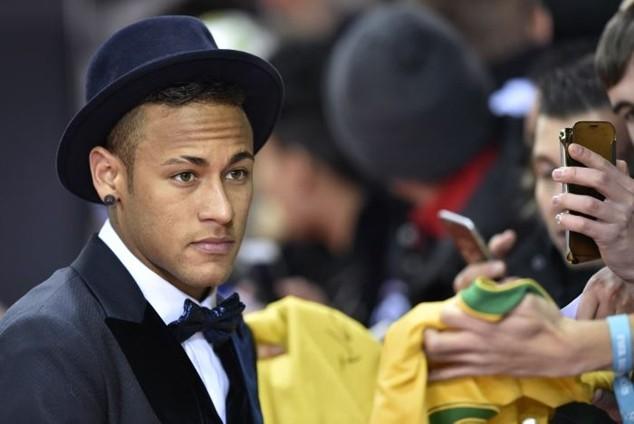 Neymar đã có cuộc gặp gỡ với Real Madrid tại Zurich hồi đầu tháng