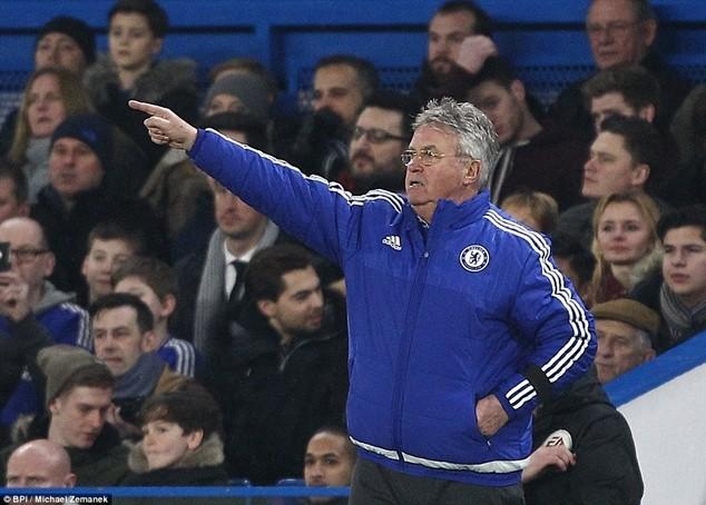 Chelsea thi đấu khởi sắc kể từ lúc Hiddink ngồi vào băng ghế huấn luyện