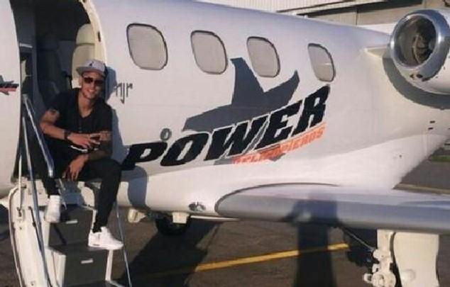 Chiếc máy bay của Neymar là một trong những tài sản bị nhà chức trách Brazil phong tỏa