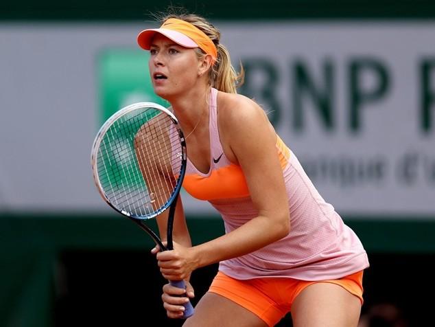 Sharapova nói rằng cô sử dụng meldonium đều đặn trong 10 năm qua