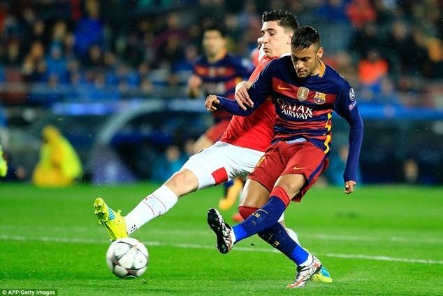 Neymar đối mặt với khoản tiền phạt lên đến gần 50 triệu euro
