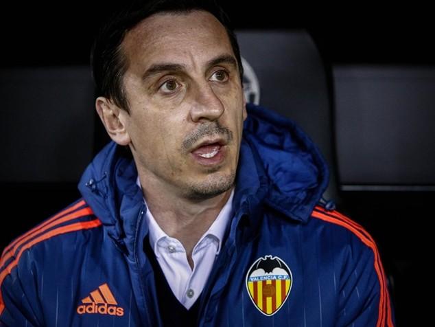 Valencia sa thải Neville sau không đầy 4 tháng nắm quyền HLV tại Mestalla