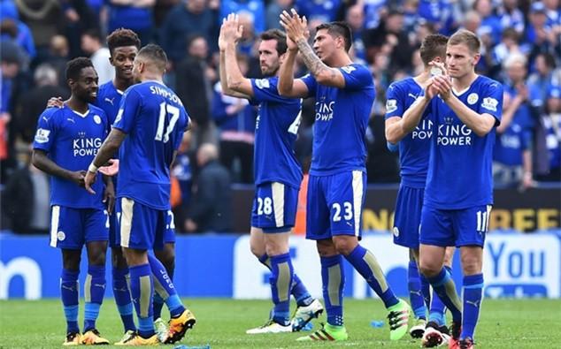 Leicester hưởng lợi khi chính thức đăng quang chức vô địch mà không phải ra sân
