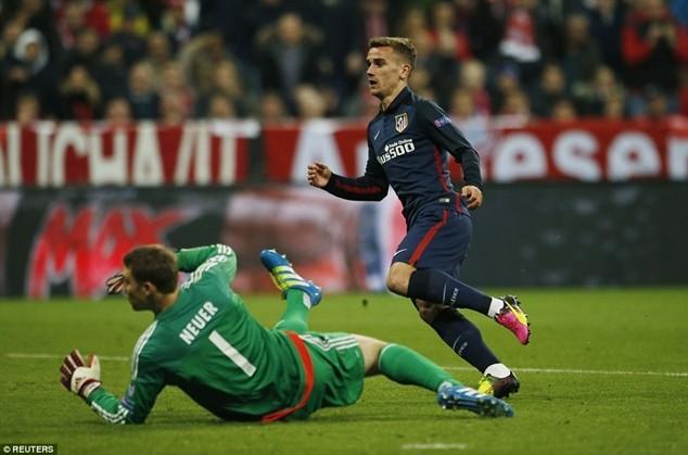 Griezmann ghi bàn gỡ hòa 1-1 cho Atletico Madrid