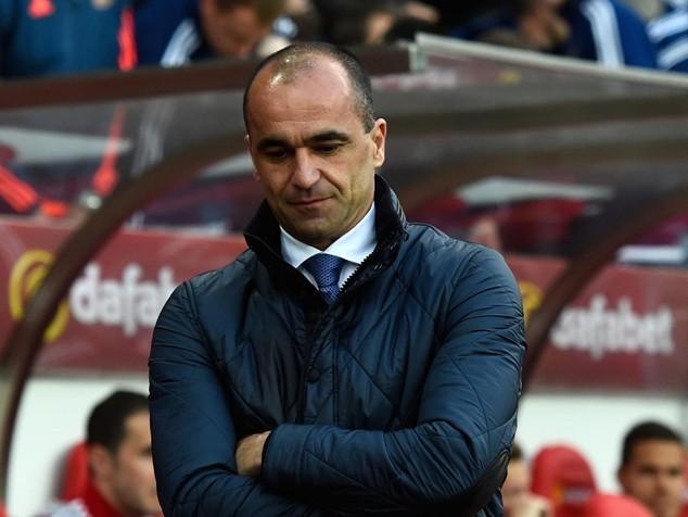 Everton trao quyết định sa thải Martinez trong ngày hôm nay