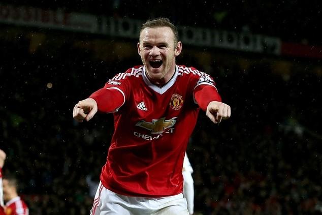 Rooney được trả cao nhất tại Premier League, nhưng chỉ bằng 1/3 thu nhập của Ronaldo
