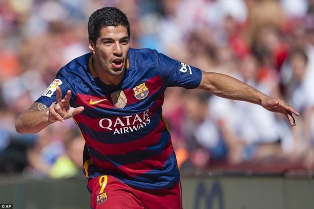 Suarez làm lu mờ Messi và Ronaldo ở mùa giải năm nay