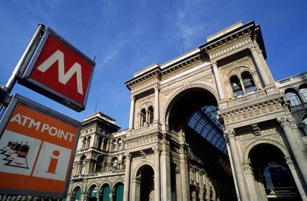 Ga tầu điện ngầm của Milan phải sơ tán trong hơn một giờ vì nghi bị đặt bom