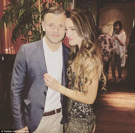 Andriani Michael mới làm lễ đính hôn với Jack Wilshere (Anh) cách đây không lâu
