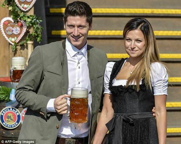 Anna Lewandowska, vợ của tuyển thủ người Ba Lan, Robert Lewandowski
