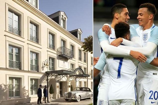 Đội tuyển Anh đặt đại bản doanh tại khách sạn Auberge du Jeu de Paume