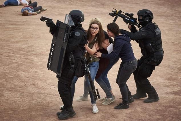 Cảnh sát chống khủng bố Pháp diễn tập tại Lyon