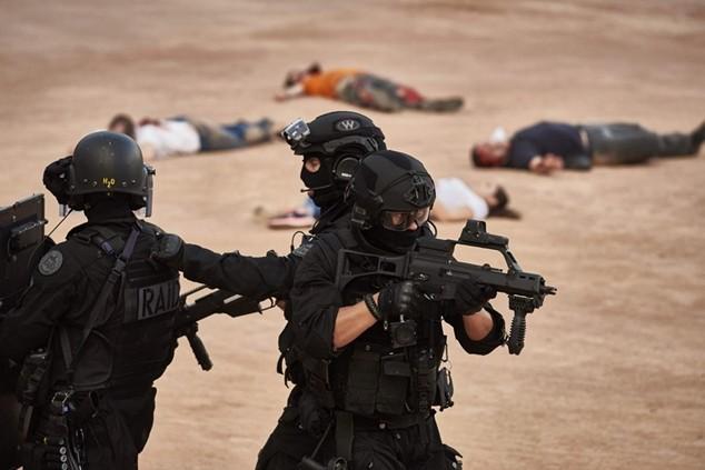 Cảnh sát Pháp diễn tập chống khủng bố trước thềm EURO 2016