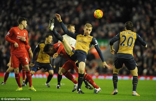 Arsenal đụng Liverpool ngay ở vòng mở màn Premier League mùa tới