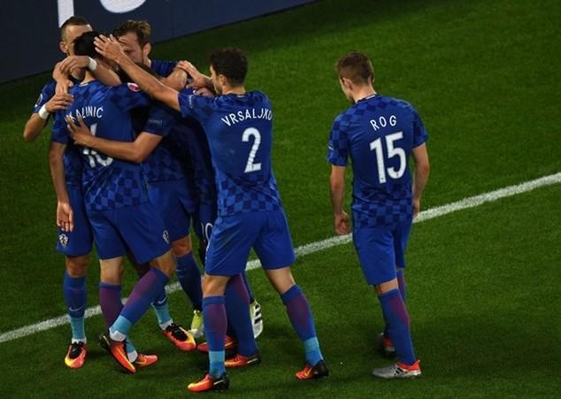 Croatia kết thúc vòng bảng ở ngôi đầu Bảng D