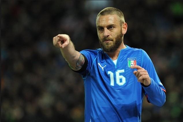 Mất De Rossi là thiệt thòi rất lớn với Italia trước trận gặp Đức tại tứ kết EURO 2016