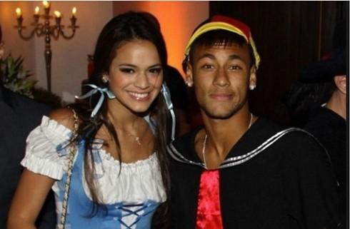 Bruna và Neymar thời còn mặn nồng