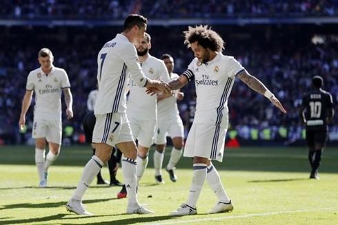Đứng sau Barcelona là Real Madrid