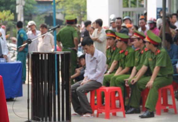 Bị cáo Đặng Ngọc Sơn tại phiên tòa lưu động sáng 29/7