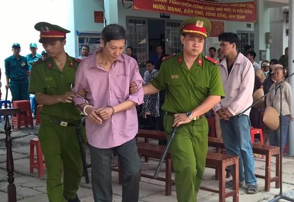 Bị cáo Phan Văn Liêu tại phiên tòa lưu động