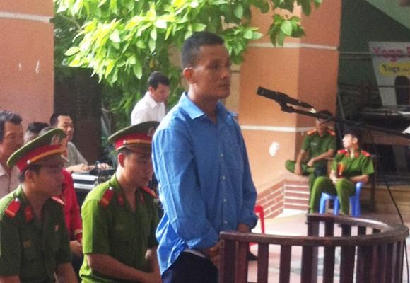 Bị cáo Sơn Tinh tại phiên xử lưu động