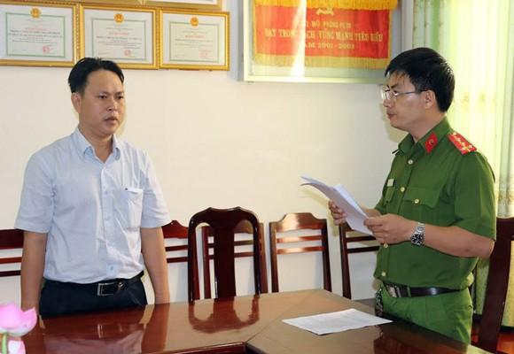 Công an thực hiện lệnh bắt Dương Minh Tâm – Phó chánh TTGT Cần Thơ