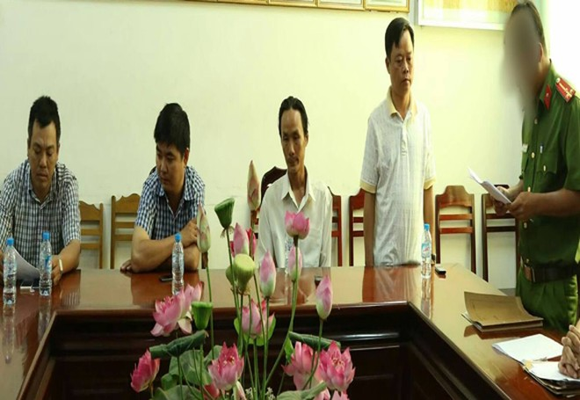 Cơ quan điều tra công bố quyết định bắt các cán bộ TTGT gồm: Lưu- Pháp- An- Thiện