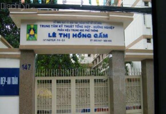 3 cán bộ của Trung tâm Lê Thị Hồng Gấm bị truy tố