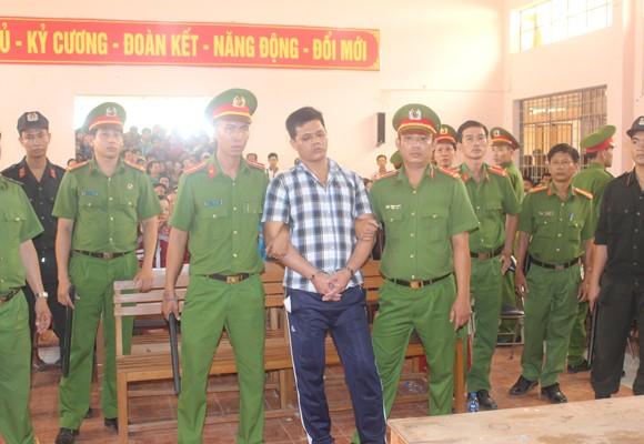 Bị cáo Nguyễn Phú Đức tại tòa