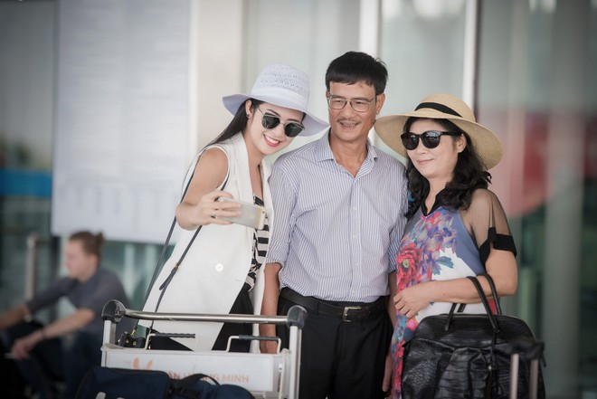 Ngọc Hân tiết kiệm tiền để cho bố mẹ du lịch Nhật Bản