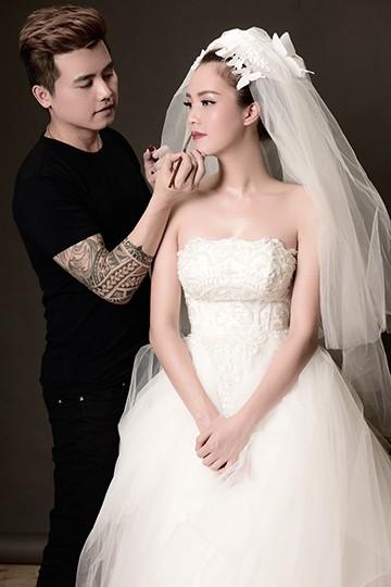 Chuyên gia trang điểm John Kim luôn đồng hành cùng Thụy Vân