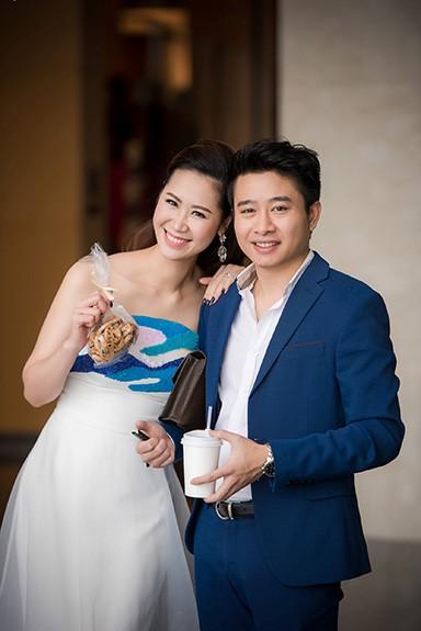 """""""Ông xã"""" Dương Thùy Linh luôn ủng hộ vợ trong mọi hoạt động"""