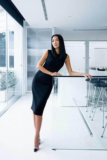 Siêu mẫu Bằng Lăng quyến rũ trong thiết kế của Tăng Thanh Hà