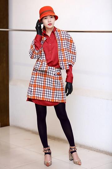 Chi Pu đổi style cá tính với trang phục của NTK Xuân Lê