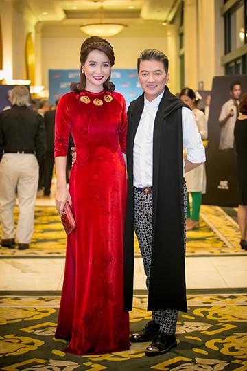 Sao Việt tấp nập chúc mừng Hồng Ánh, Ngọc Thanh Tâm ảnh 15